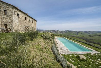 STONE VILLA WITH POOL FOR SALE VAL D'ORCIA, TUSCANY