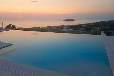 VILLA VISTA MARE CON PISCINA IN VENDITA A DIAMANTE, CALABRIA