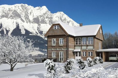 MOUNTAINSIDE VILLA FOR SALE, AUSTRIA